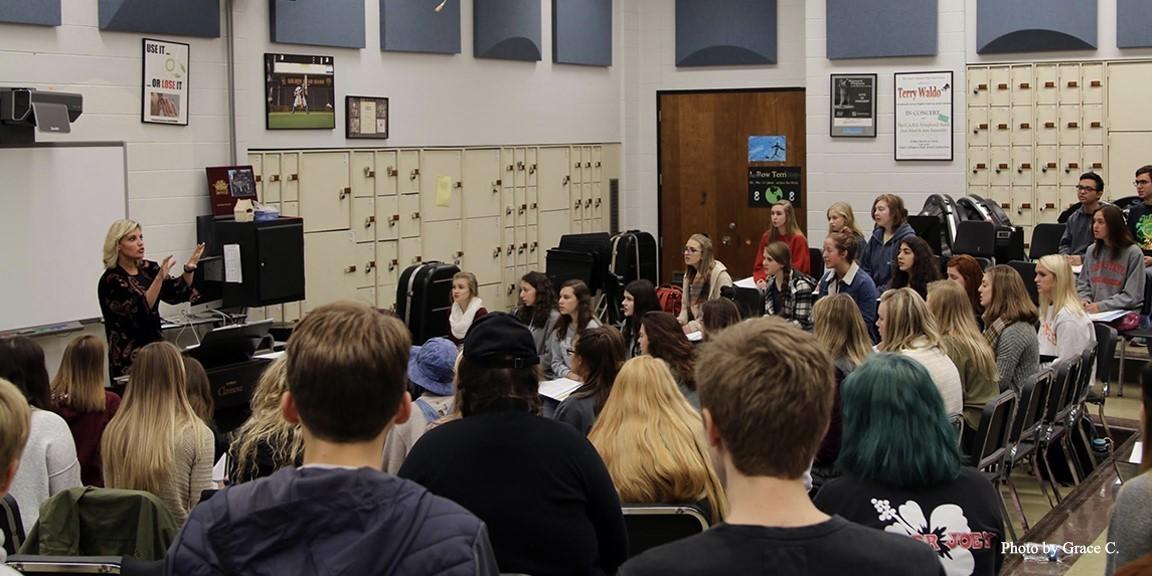 Choir class at UAHS