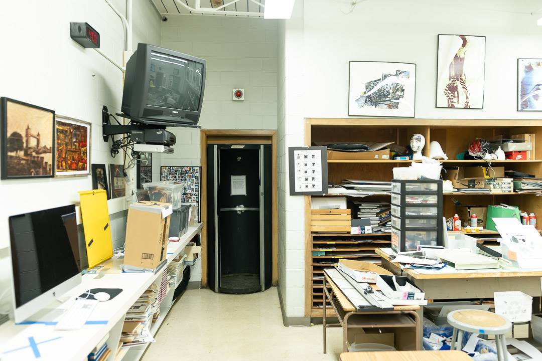 Photography room with darkroom at the rear